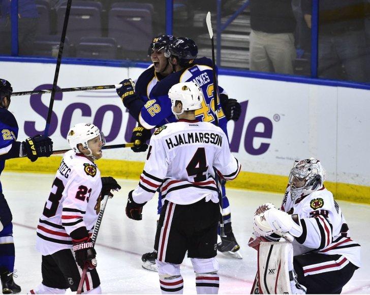 """Sent Lujiso """"Blues"""" ledo ritulininkai po dviejų pergalių nusileido """"Blackhawks"""" klubui"""