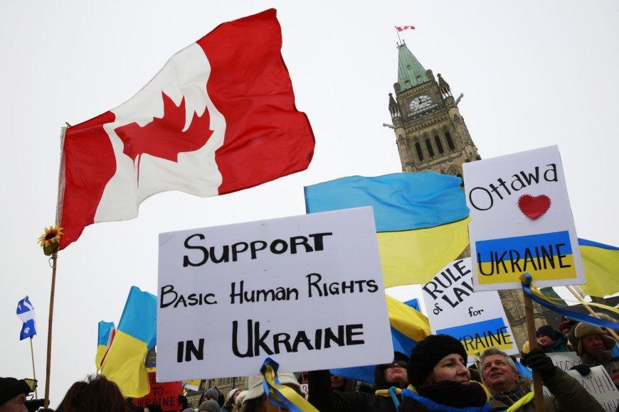 Ukrainos palaikymo akcija Kanados sostinejė Otavoje