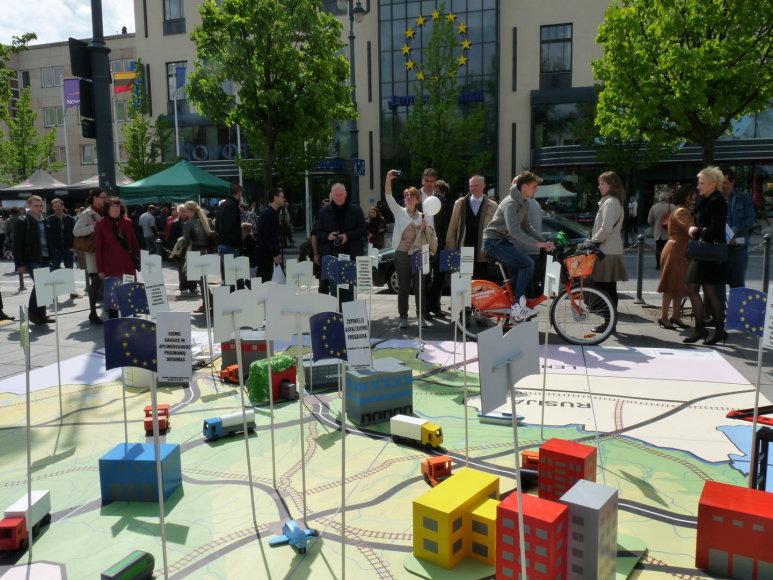 Susisiekimo ministerija Europos dieną pristatė ES projektus. Susisiekimo ministerijos nuotr.
