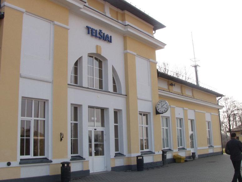 Telšių geležinkelio stotyje Baltarusijos pilietis įsėdo ne į traukinį, o į policijos automobilį