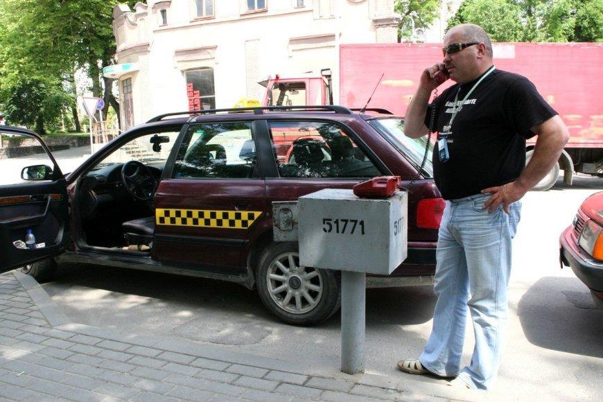 Šiauliuose ketinama švenčių dienomis padidinti taksi kainas