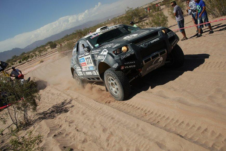 Benedikto Vanago ir Andrejaus Rudnickio ekipažas Dakare