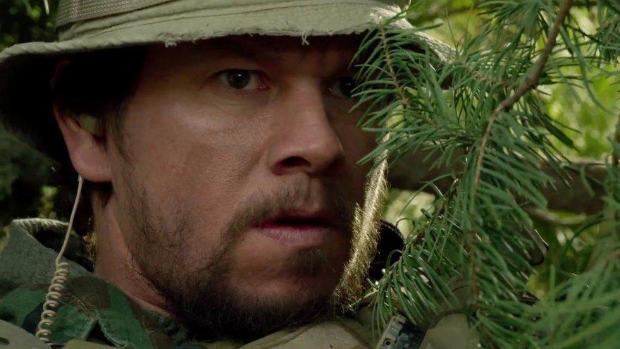 """Markas Wahlbergas filme """"Išlikęs gyvas"""""""