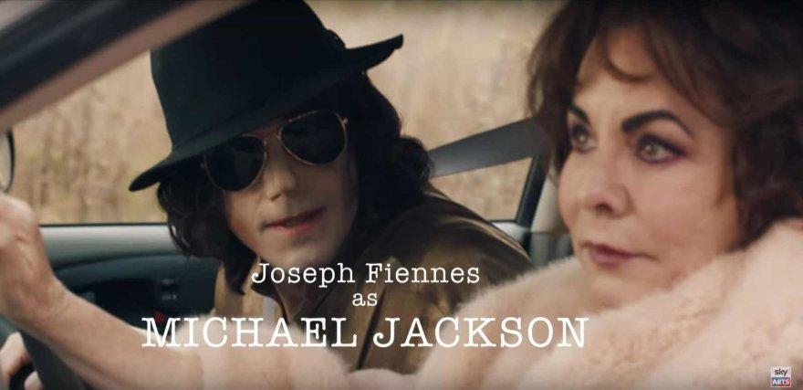 Michaelą Jacksoną vaidinantis Josephas Fiennesas