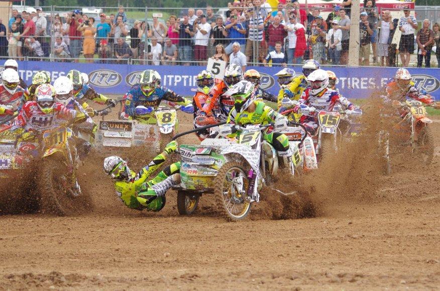 Priekabų motokroso čempionate - 3 lietuvių pergalės, 3 traumos ir susprogęs variklis