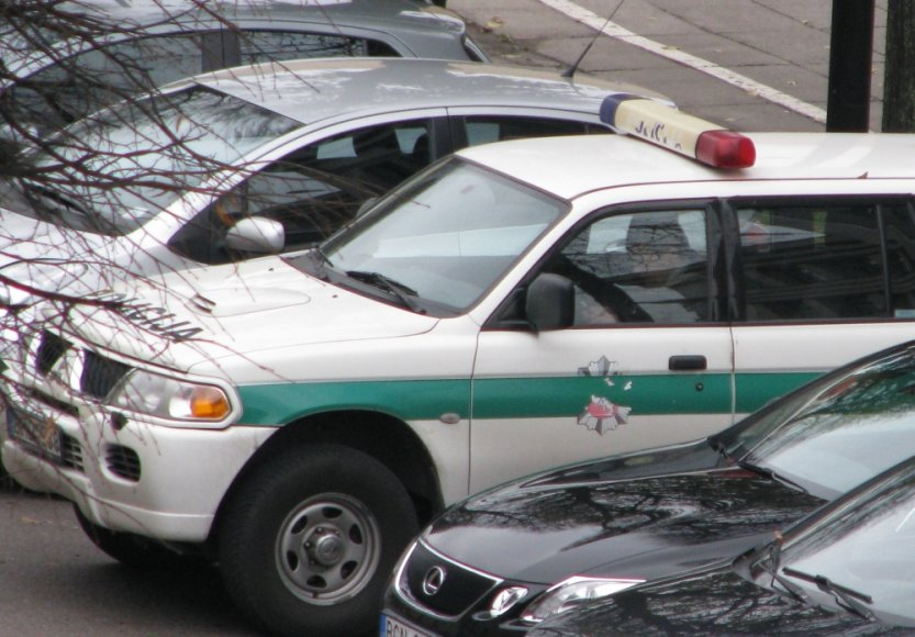"Kauno policijos automobilis ""Mitsubishi Pajero Sport"""