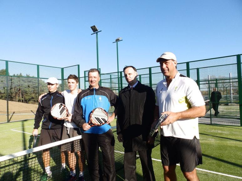 Molėtuose iškilmingai atidarytas vienintelis savivaldos lauko teniso aikštynas  Lietuvoje