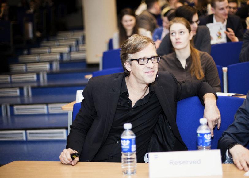 Fredrikas Harenas auditorijoje