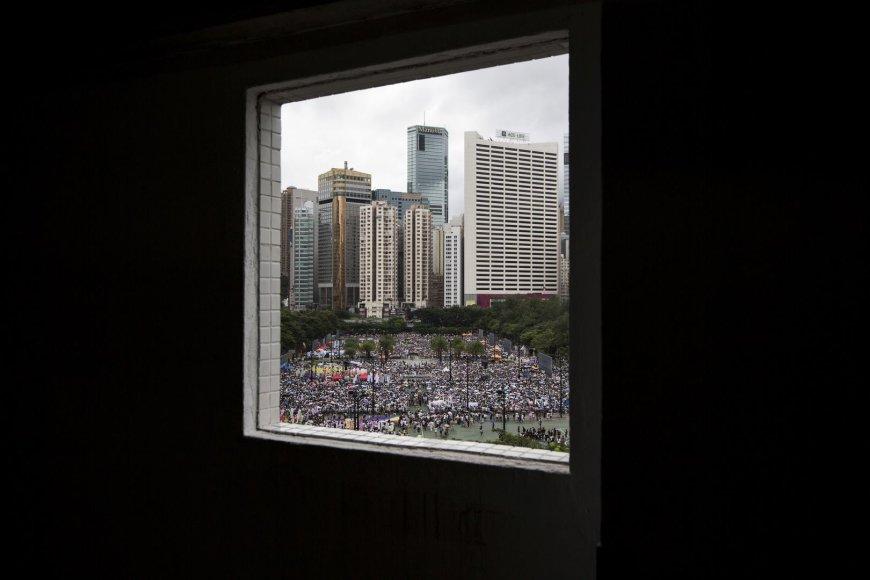 Honkonge minios protestuotojų