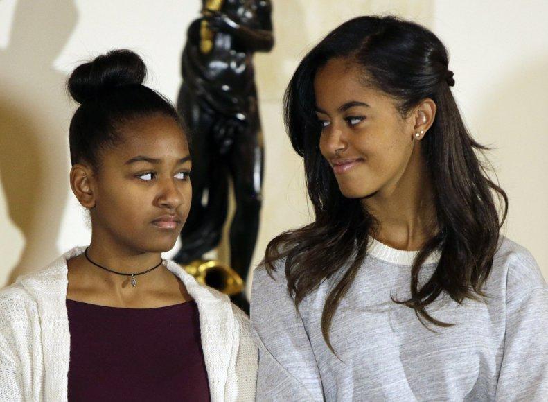 JAV prezidento Baracko Obamos dukros Sasha ir Malia