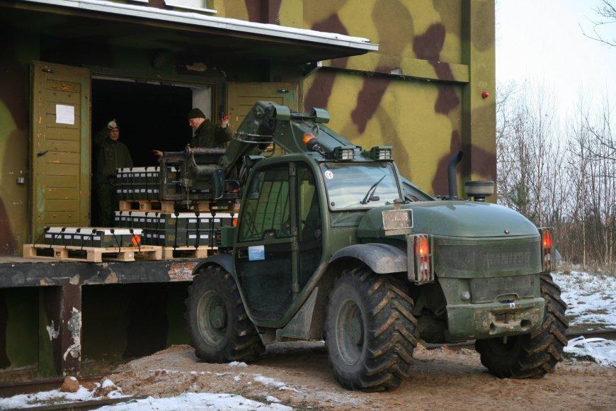 Lapkričio pabaigoje Lietuvos kariuomenės arsenalą Linkaičiuose pasiekė jau trečioji  2014 m. Lietuvos  pagamintų automatiniam šautuvui G36 skirtų 5,56x45 mm šovinių partija.