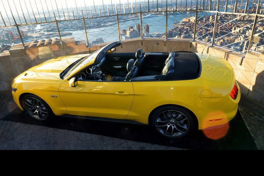 """Ford Mustang"" kabrioleto pristatymas"