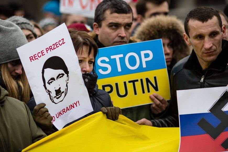 Protestuotojai Varšuvoje