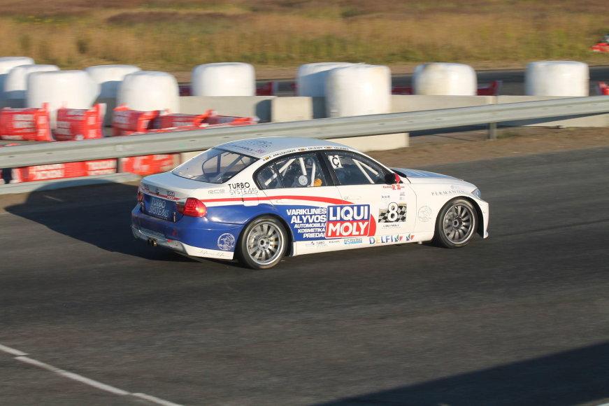 """""""Liqui moly racing team Lithuania"""" automobilis"""