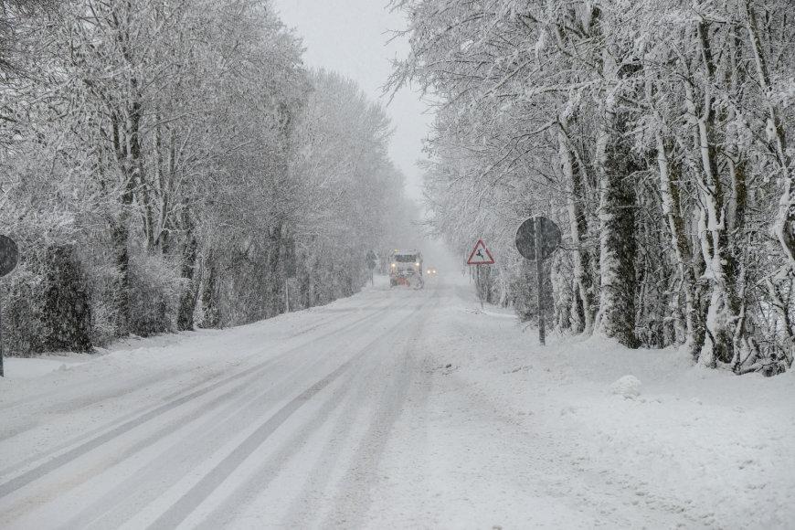 Ispaniją paralyžiavo sniegas