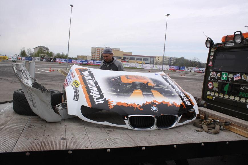 Andriaus Vasiliausko automobilis po avarijos
