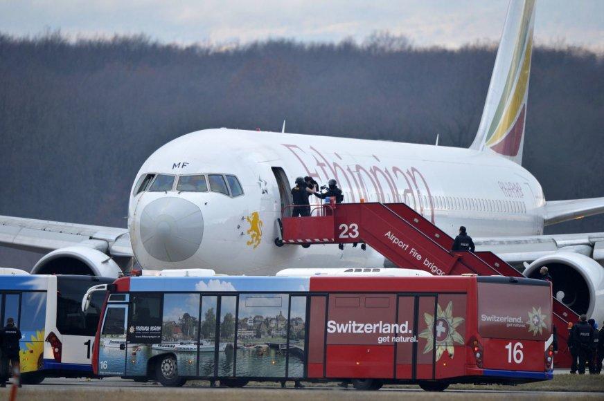 "Išlaipinami ""Ethiopian Airlines"" keleiviai"