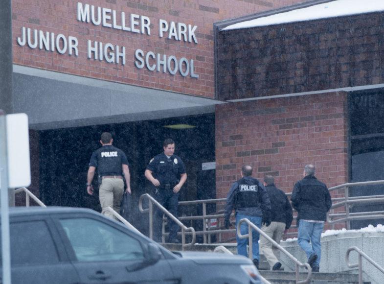 Jutoje per plauką išvengta žudynių mokykloje