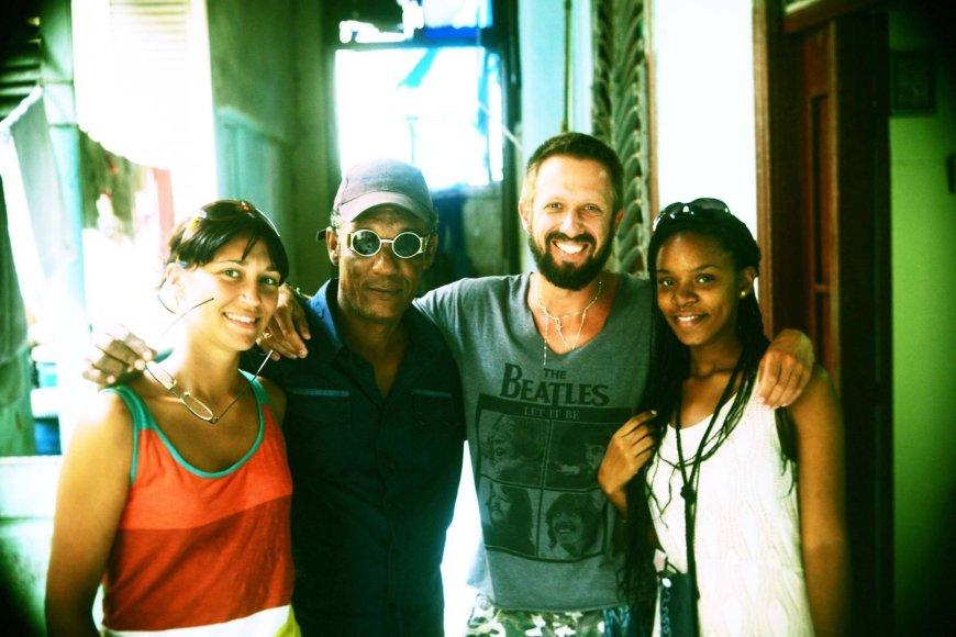 Akimirka iš muzikanto Lino Adomaičio kelionės Kuboje