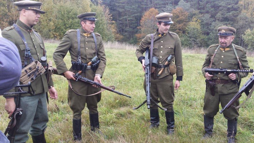 Partizanų karo rekonstrukcija