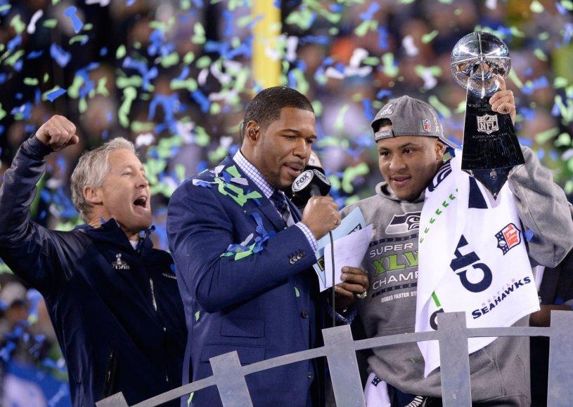 """""""Seattle Seahawks"""" treneris Pete'as Carrollas švenčia pergalę"""
