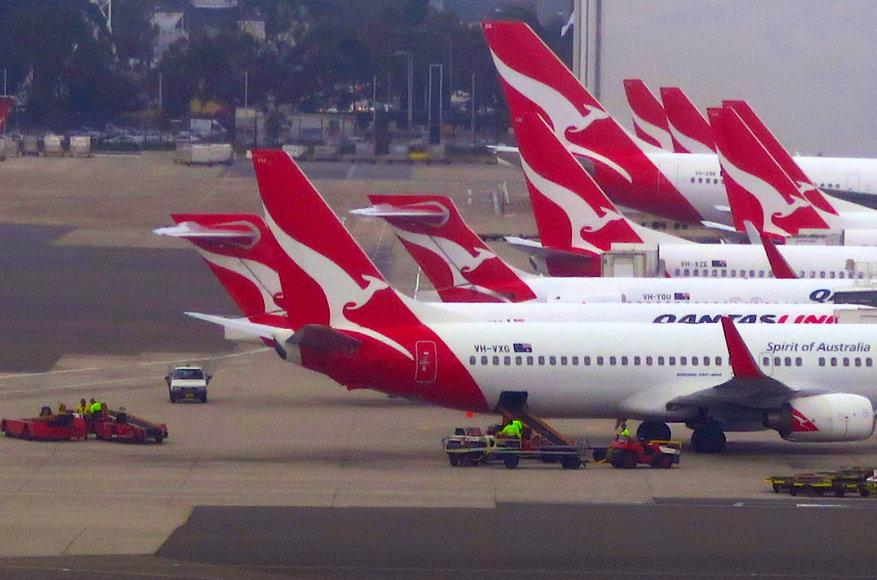 """Reuters""/""Scanpix"" nuotr./""Qantas""  lėktuvai Sidnėjaus oro uoste"