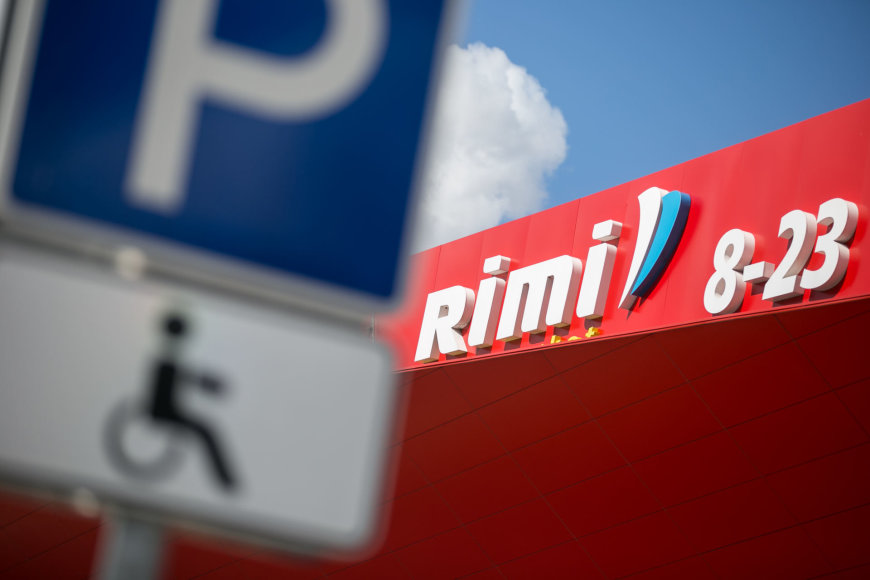 """Uždaryta """"Rimi"""" parduotuvė Linkmenų gatvėje"""