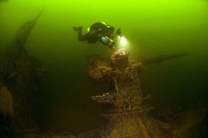 Nuskandintas povandeninis laivas