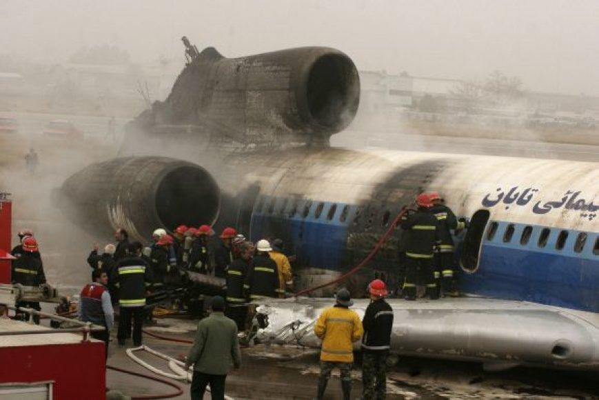 Lėktuvas Tu-154 po avarijos