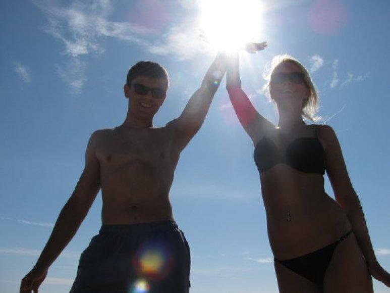 Justas ir Ieva, bikini porelė
