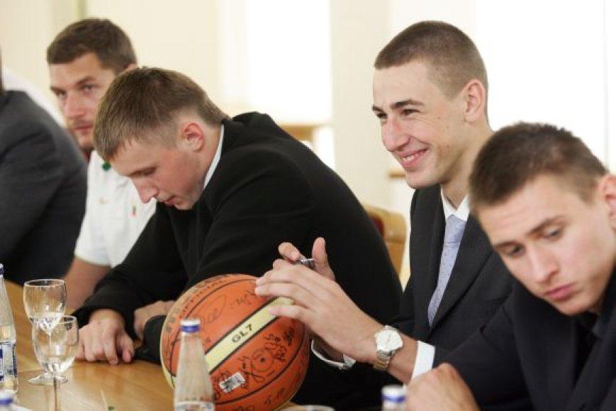 Krepšininkai Seime