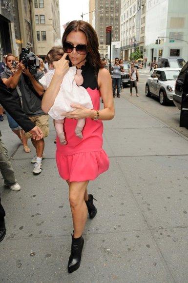 Victoria Beckham su dukrele Harper