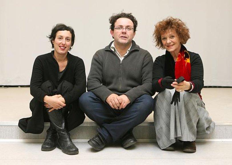 Šaknų Lietuvoje turintys menininkai iš Pietų Afrikos tikisi kauniečių susidomėjimo juos užvaldžiusia tema apie žydų bendruomenės pėdsakus Kaune.