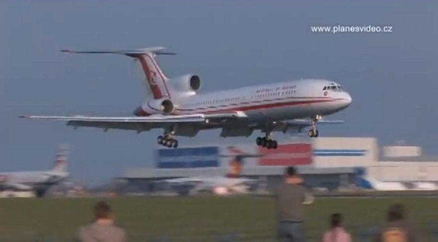 Vienas paskutiniųjų sėkmingų Lenkijos prezidento lėktuvo nusileidimų