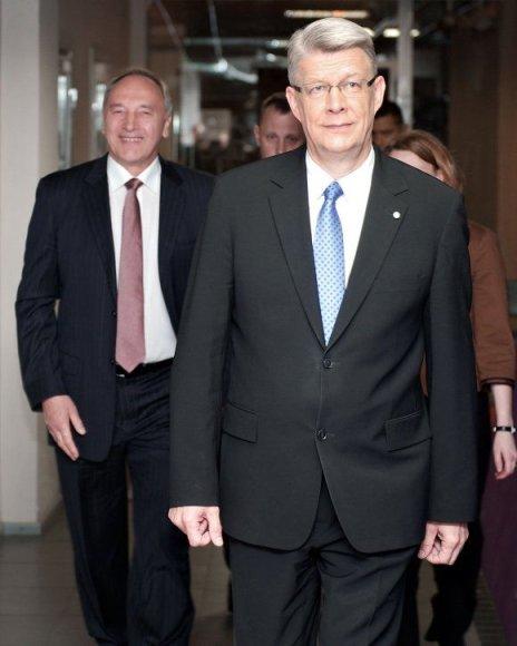 Valdis Zatleras (dešinėje) ir Andris Bėrzinis