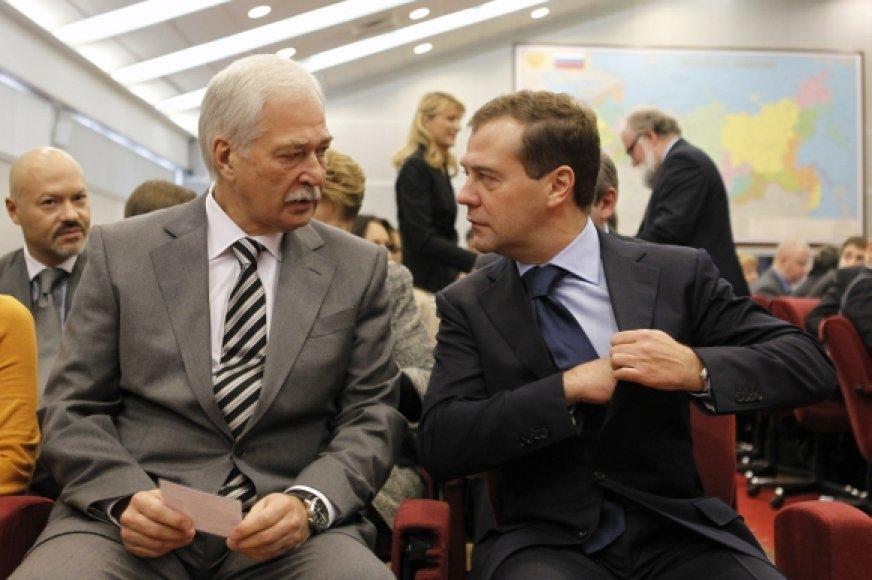 Borisas Gryzlovas (kairėje) ir Dmitrijus Medvedeva