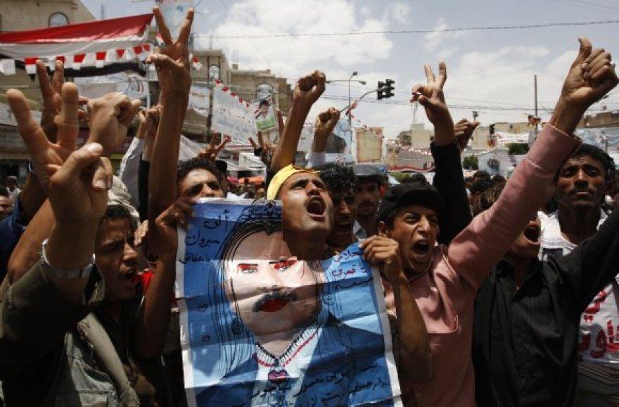 Protestuotojai Sanoje