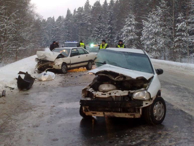 Avarija Baltosios Vokės g. 2010.02.03