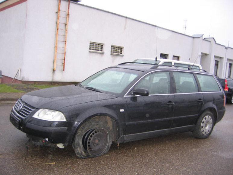 Pasieniečių sulaikytas vogtas automobilis