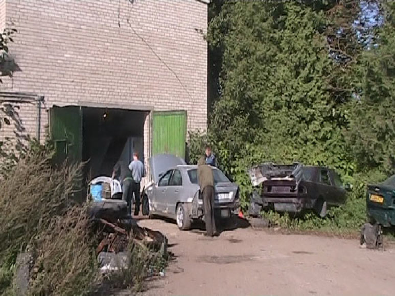 Nelegalios automobilių remonto dirbtuvės