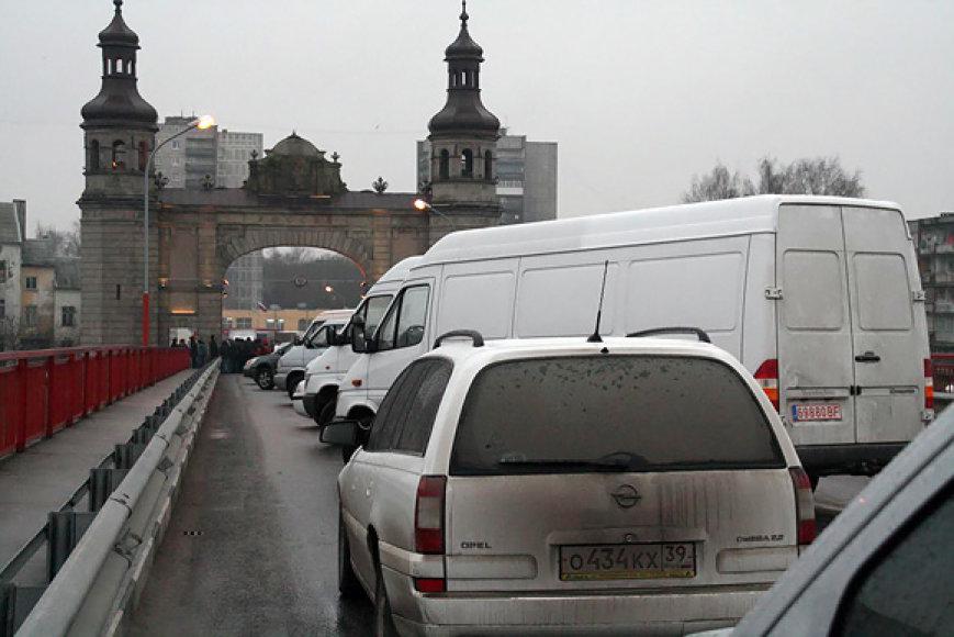 Blokuotas tiltas pasienyje su Rusija