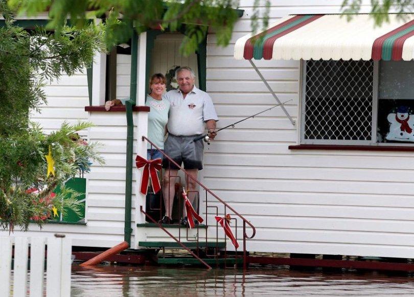 Dėl potvynio Australijoje žmonės priversti palikti savo namus.