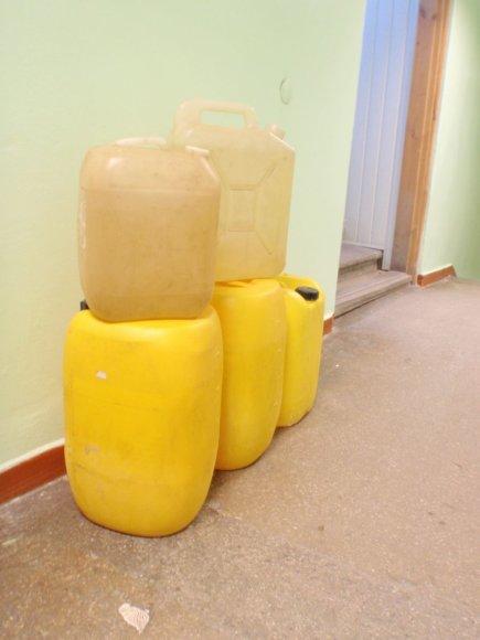 Užkirstas kelias nelegaliai prekybai naftos produktais.