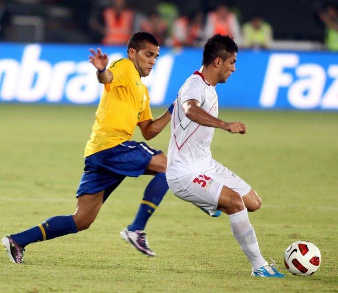Brazilijos rinktinė kontrolinėse rungtynėse sutriuškino Irano futbolininkus.