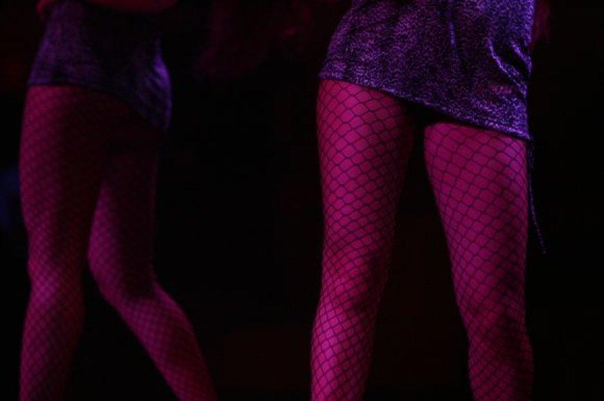 Anot D.Baranauskienės, į prostitucijos liūną dažniausiai patenka merginos iš alkoholikų, narkomanų šeimų, patyrusios prievartą vaikystėje ar paauglystėje.
