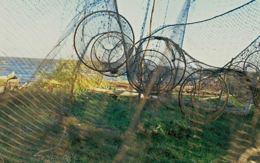 Iš sandėlyje žiemojusių žvejų įrankių liko tik pelenai.