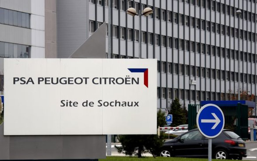 """Peugeot Citroen"" gamykla Prancūzijoje."