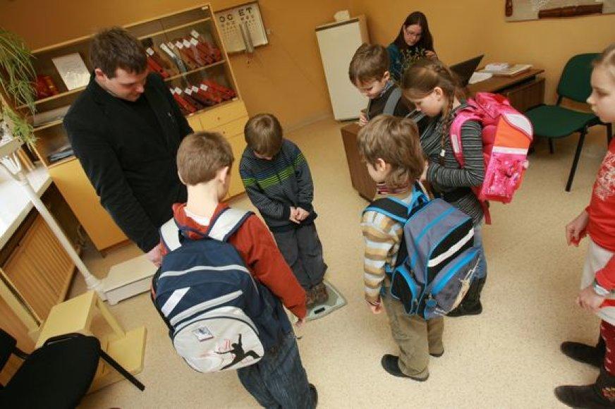 Specialistai planuoja patikrinti visus daugiau kaip 7400 pirmų-penktų klasių uostamiesčio moksleivius.