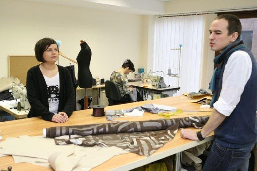 """K.Kruopienytė ir E.Sidaras šiuo metu baigia savo kolekciją """"Pliurpologija"""", kuri bus pristatyta """"Mados infekcijoje""""."""