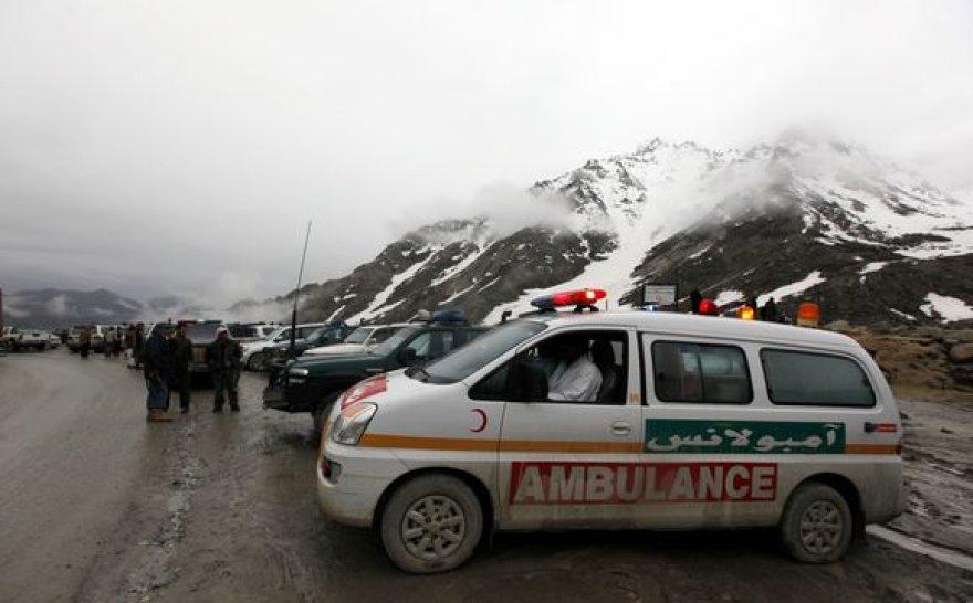 Kalnuotoje vietovėje sudužusio lėktuvo nuolaužas aptiko gelbėjimo tarnybų darbuotojai